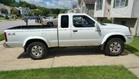 Picture of 1999 Nissan Frontier 2 Dr XE V6 4WD Extended Cab SB, exterior, gallery_worthy