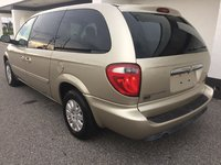 Picture of 2005 Chrysler Town & Country Base, exterior, gallery_worthy