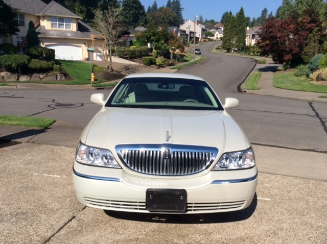Picture of 2007 Lincoln Town Car Signature