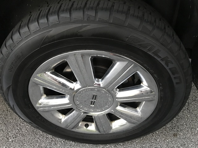 Picture of 2007 Lincoln MKX AWD