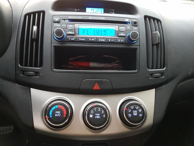 2010 Hyundai Elantra Interior Pictures Cargurus