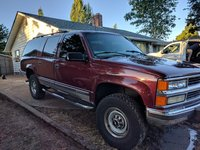 Picture of 1998 Chevrolet Suburban K2500 4WD, exterior