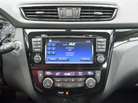 2017 Nissan Rogue Sport SV AWD, 2017 Nissan Rogue Sport NissanConnect radio display, interior, gallery_worthy
