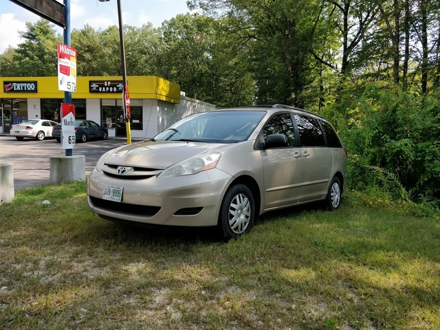 Picture of 2006 Toyota Sienna LE 8 Passenger