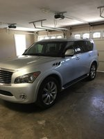 Picture of 2011 INFINITI QX56 Base w/ Split Bench Seat Pkg, exterior, gallery_worthy