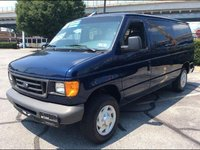 Picture of 2007 Ford E-Series Wagon E-150 XL, exterior, gallery_worthy