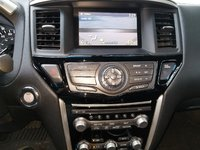 Picture of 2013 Nissan Pathfinder SV, interior, gallery_worthy