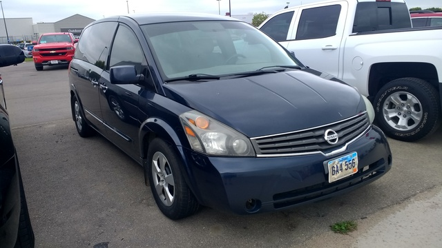 Picture of 2008 Nissan Quest SE