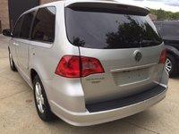 Picture of 2010 Volkswagen Routan SEL, exterior, gallery_worthy