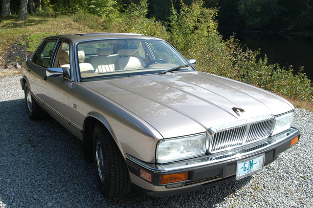 Picture of 1993 Jaguar XJ-S