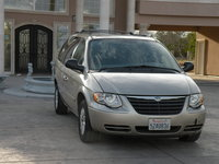Picture of 2006 Chrysler Town & Country LX, exterior, gallery_worthy