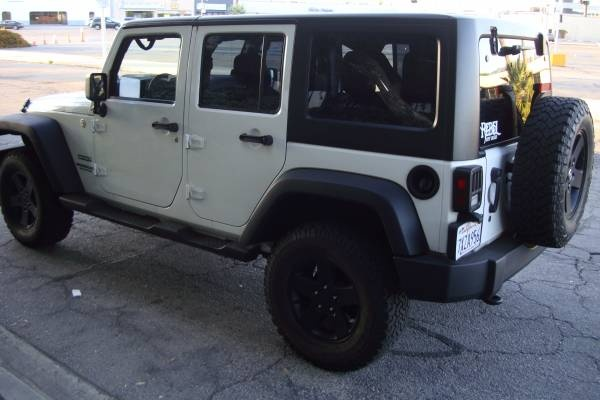 Picture of 2012 Jeep Wrangler Unlimited Sport