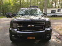 Picture of 2010 Chevrolet Suburban LT 1500 4WD, exterior, gallery_worthy