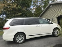 Picture of 2017 Toyota Sienna XLE Premium 7-Passenger AWD, exterior, gallery_worthy
