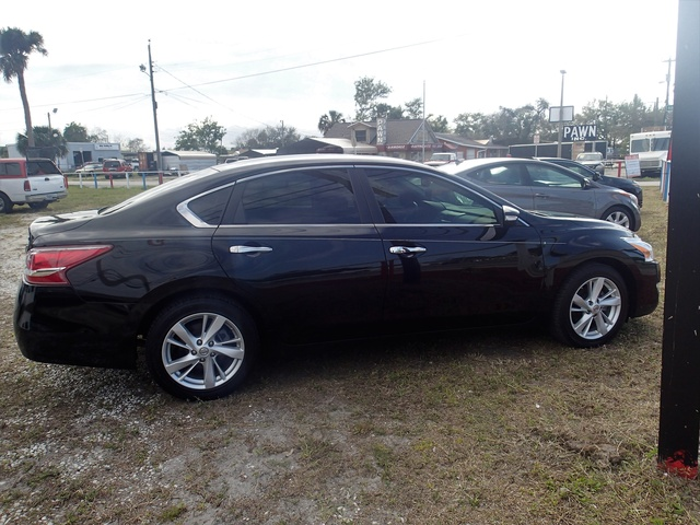 Picture of 2012 Nissan Altima