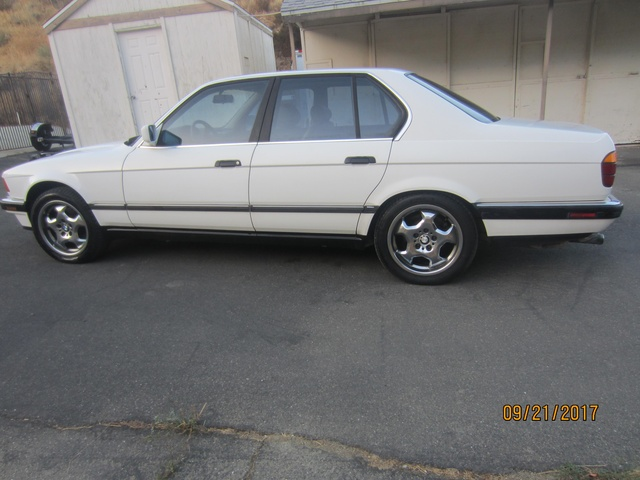 Picture of 1988 BMW 7 Series 735i RWD