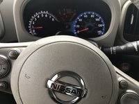 Picture of 2011 Nissan Cube 1.8 SL, interior, gallery_worthy