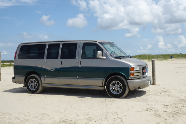 Picture of 2001 GMC Savana G1500 SLT Passenger Van