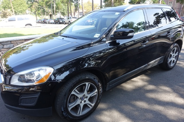 Picture of 2013 Volvo XC60 T6 AWD