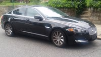 2012 Jaguar XF Picture Gallery