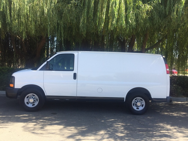 Picture of 2009 Chevrolet Express Cargo G2500