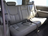 Picture of 2005 Chevrolet Suburban 1500, interior, gallery_worthy