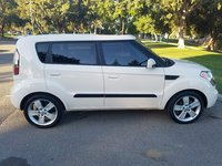 Picture of 2010 Kia Soul Sport, exterior, gallery_worthy