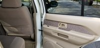 Picture of 2002 Nissan Pathfinder SE 4WD, interior, gallery_worthy