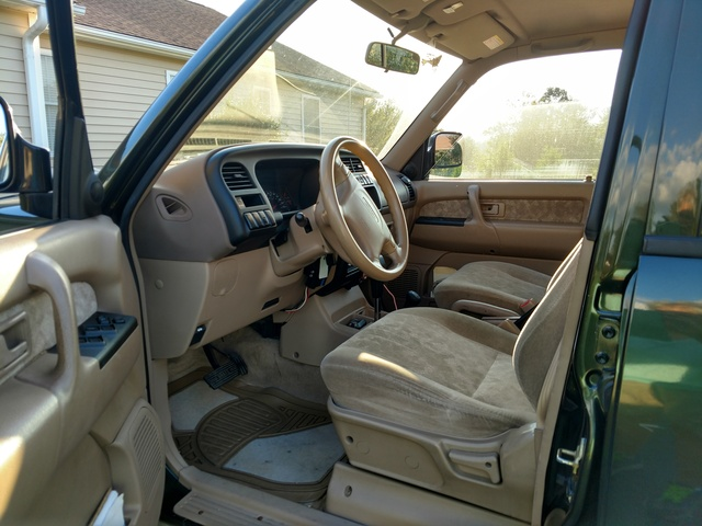 2000 isuzu trooper interior pictures cargurus. Black Bedroom Furniture Sets. Home Design Ideas