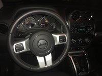 Picture of 2016 Jeep Compass Latitude 4WD, interior, gallery_worthy