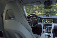 Picture of 2017 Porsche Panamera Turbo, interior, gallery_worthy
