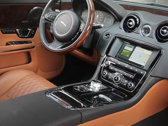 Picture of 2016 Jaguar XJ-Series XJL Portfolio RWD, interior, gallery_worthy