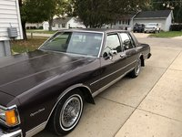 Picture of 1985 Chevrolet Caprice Classic Sedan RWD, exterior, gallery_worthy