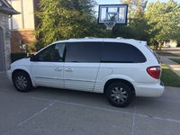 Picture of 2004 Chrysler Town & Country Limited, exterior, gallery_worthy