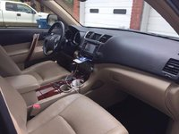 Picture of 2013 Toyota Highlander Hybrid Limited, interior, gallery_worthy