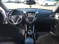 Picture of 2014 Hyundai Veloster Base, interior, gallery_worthy