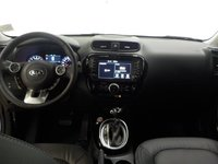 Picture of 2017 Kia Soul EX Tech, interior, gallery_worthy