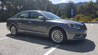 Picture of 2017 Volkswagen Passat, exterior, gallery_worthy