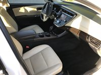 Picture of 2013 Toyota Avalon Hybrid Limited, interior, gallery_worthy