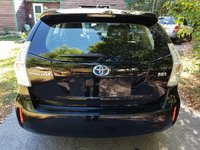 Picture of 2012 Toyota Prius v Three, exterior, gallery_worthy