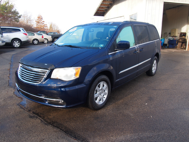Picture of 2013 Chrysler Town & Country Touring
