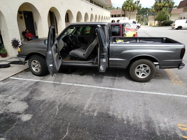 Picture of 1999 Mazda B-Series Pickup 2 Dr B2500 SE Extended Cab SB