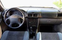 Picture of 2000 Subaru Forester L, interior, gallery_worthy