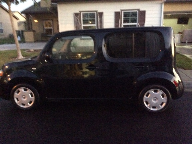 Picture of 2013 Nissan Cube 1.8 S