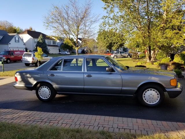 Picture of 1990 Mercedes-Benz 420-Class 4 Dr 420SEL Sedan