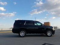 Picture of 2017 GMC Yukon SLT, exterior, gallery_worthy