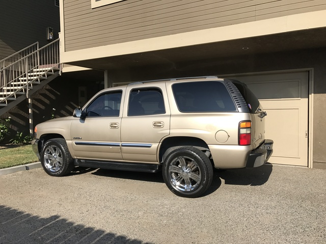 Picture of 2005 GMC Yukon SLE