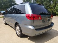 Picture of 2007 Toyota Sienna LE, gallery_worthy