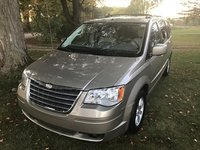 Picture of 2009 Chrysler Town & Country Touring, exterior, gallery_worthy