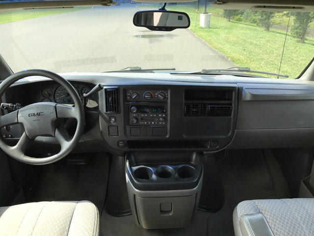 Picture of 2004 GMC Savana 1500 AWD Passenger Van, interior, gallery_worthy